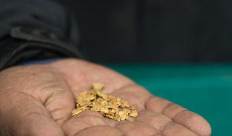 Se certificó la empresa minera Oro Puno