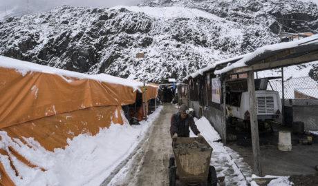 INSTITUCIONES MINERAS BOLIVIANAS REINICIAN ACTIVIDADES EN JUNIO